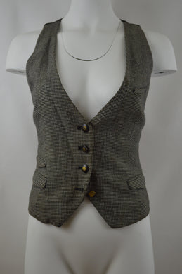 Four Button Vest w/ Pockets