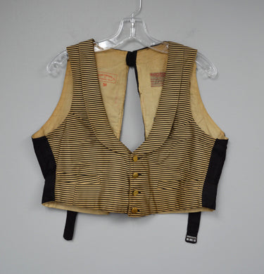 2 pocket vest with lapel
