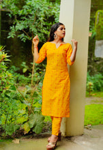Load image into Gallery viewer, Jompers Women Yellow Printed Kurta with Trousers(JOKS 1328 Yellow)