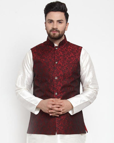 Jompers Men Maroon-Coloured & Black Woven Design Nehru Jacket ( JOWC 4004 Maroon)