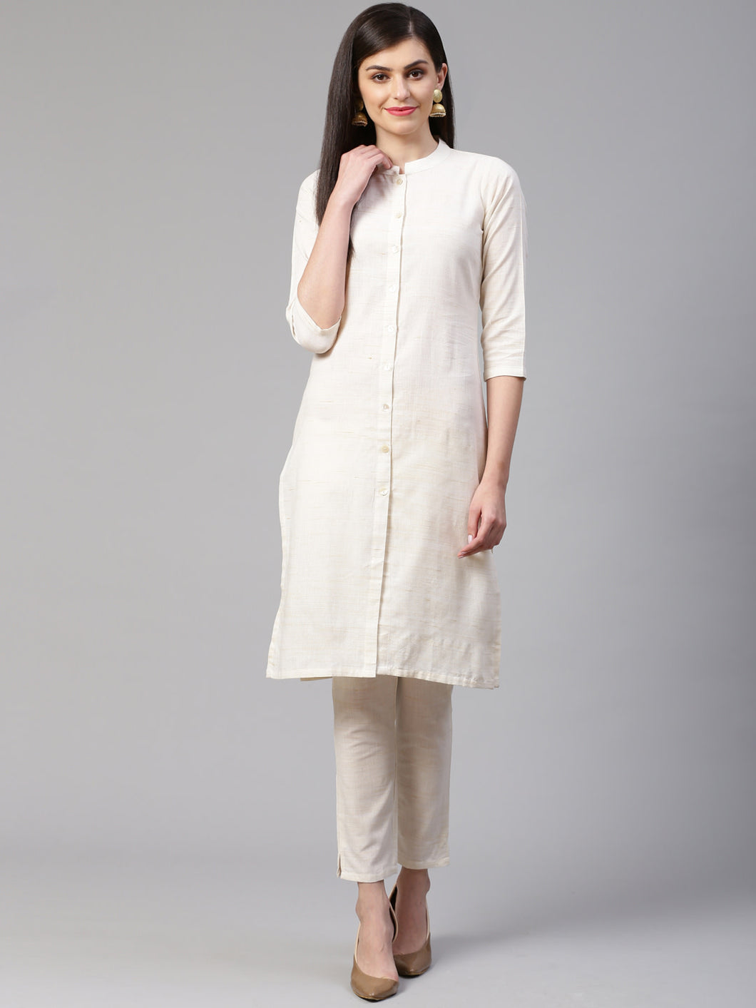 Jompers Women Off-White Woven Design Kurta with Trousers