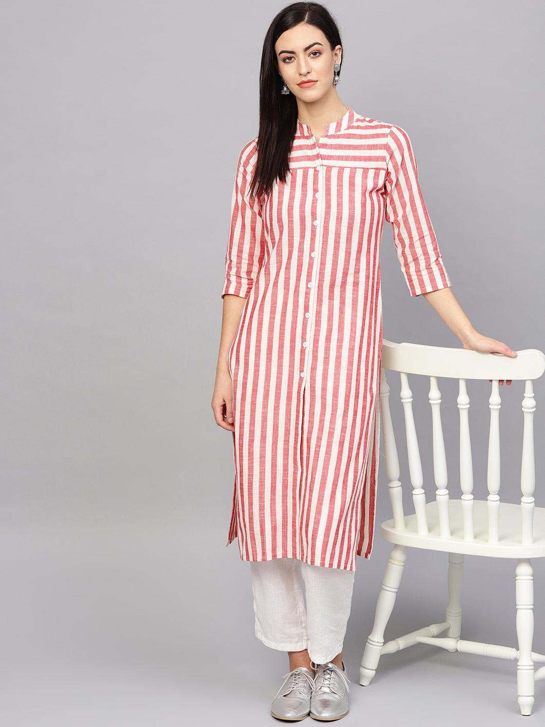 Jompers Women Red & Off-White Striped Cotton Straight Kurta