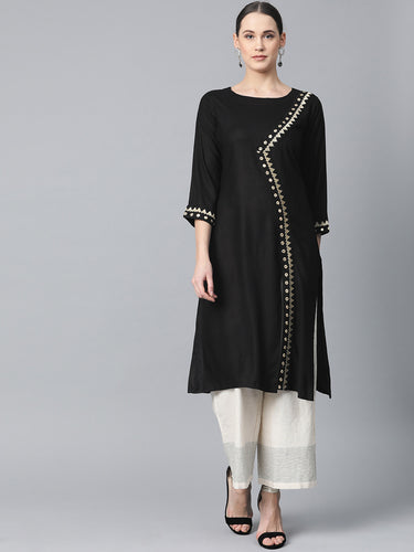Jompers Women Black Embroidered Straight Kurta