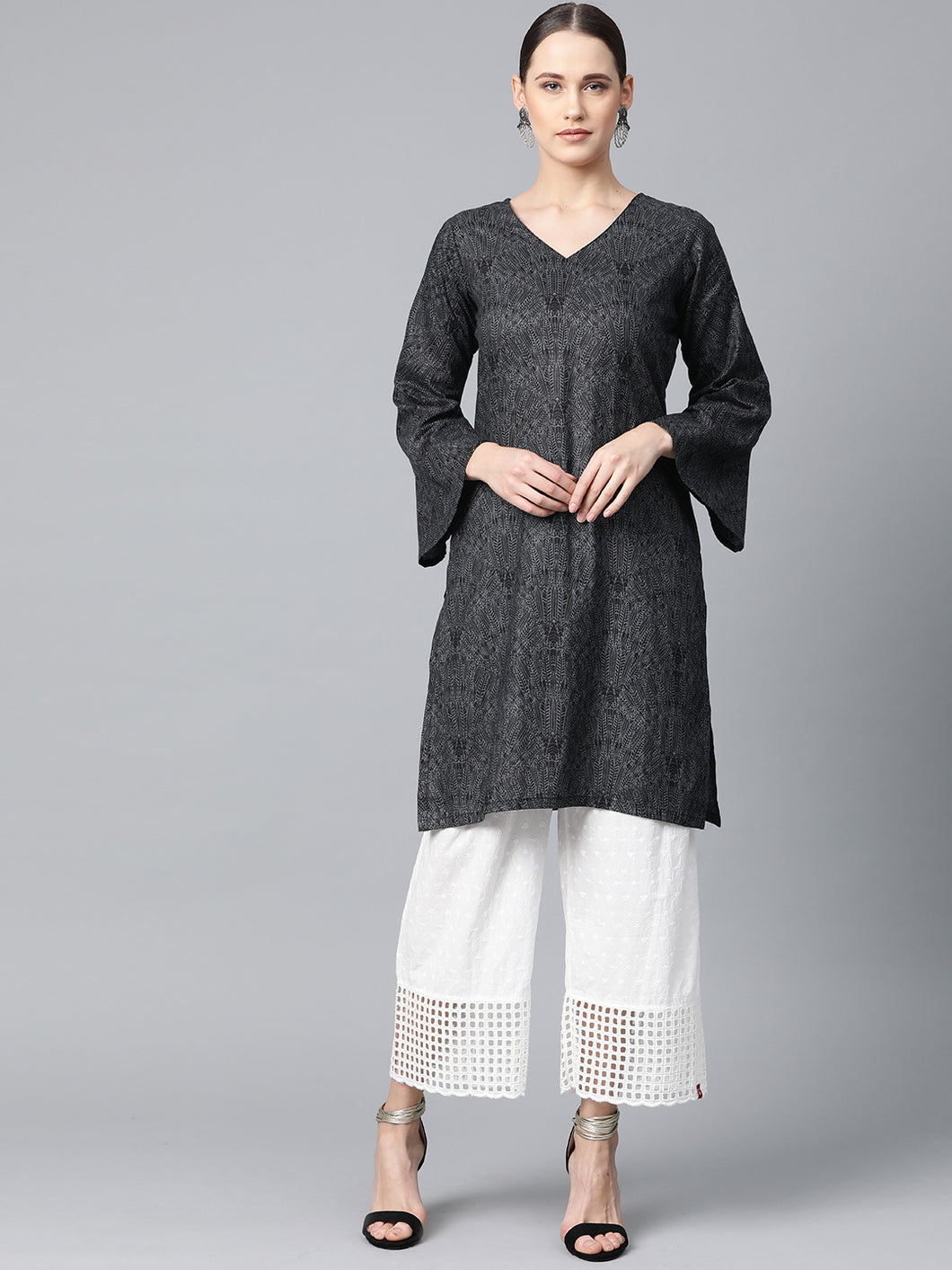 Jompers Women Charcoal Grey & Black Printed Straight Kurta