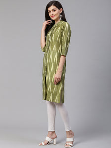 Jompers Women Olive Green & Cream-Coloured Ikkat Woven Design Straight Kurta