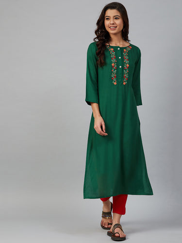 Jompers Women Green & Peach-Coloured Yoke Embroidered Straight Kurta