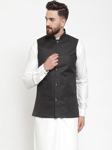 Jompers Men Black Solid Nehru Jacket ( JOWC 4002 Black)