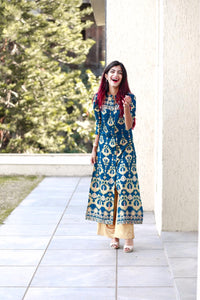 Jompers Women Teal Blue & Fluorescent Green Printed Straight Kurta