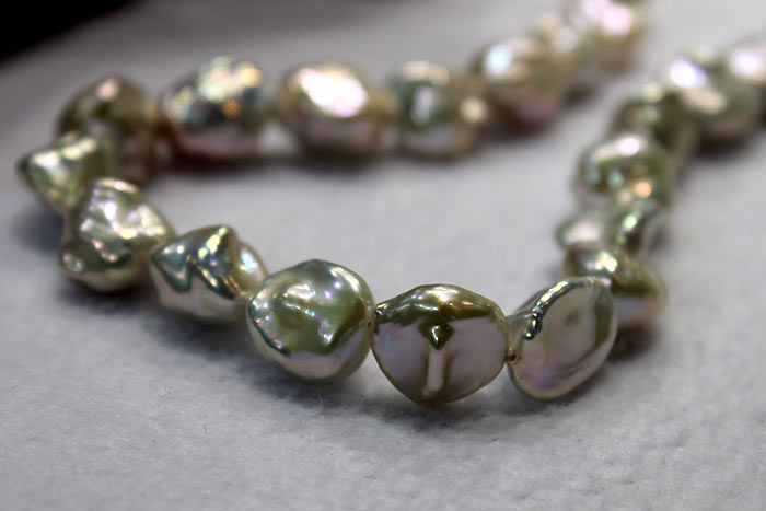 closer look at the golden keshi pearl strands