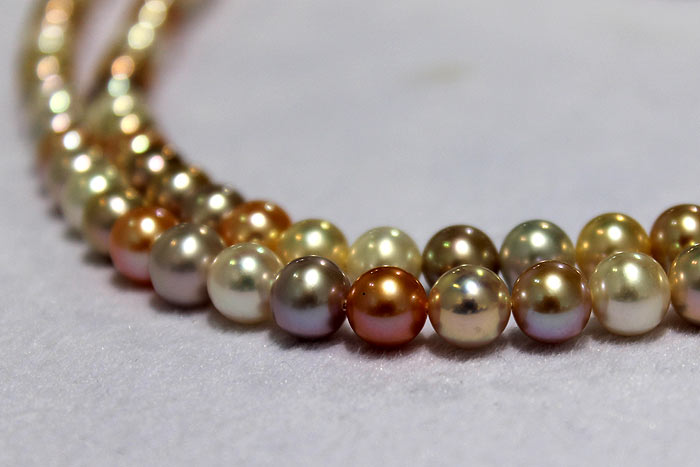 round pearls with metallic luster