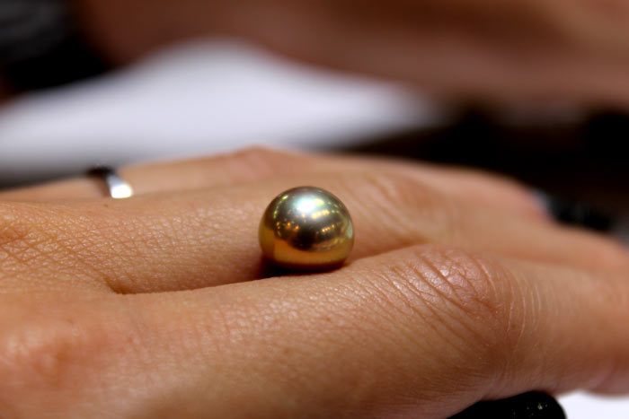 a metallic pearl for a pearl ring