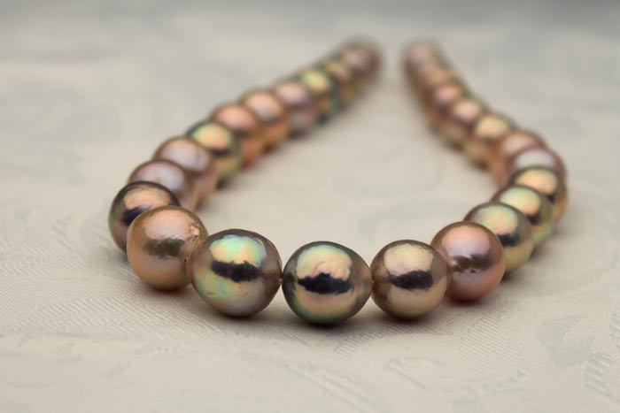jumbo 13-17mm metallic ripple pearl necklaces