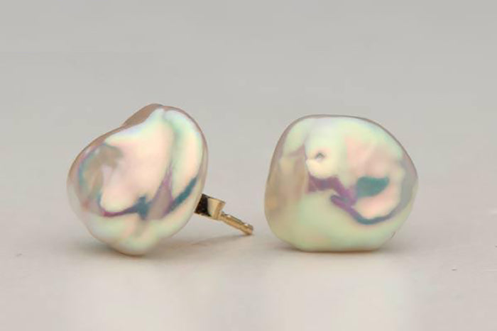 Keshi Freshwater Pearl Stud Earrings with Intense Orient