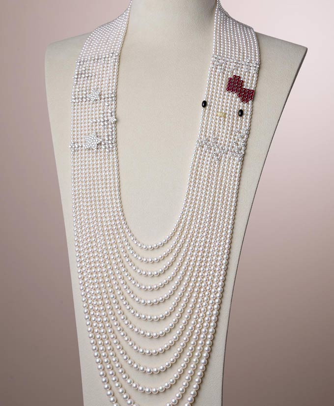 hello kitty and mikimoto necklace