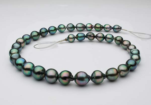 baroque Tahitian pearl necklace