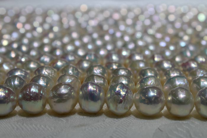 big white ripple pearls