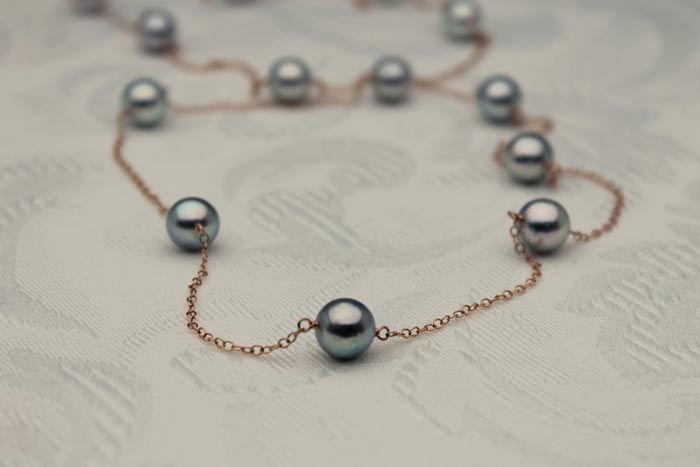 beautiful near round dark blue akoya pearl rose gold tin cup necklace