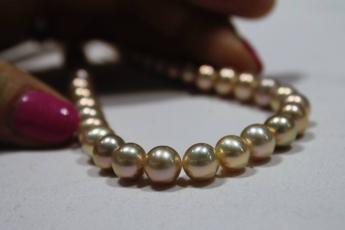 metallic pearls with rare colors