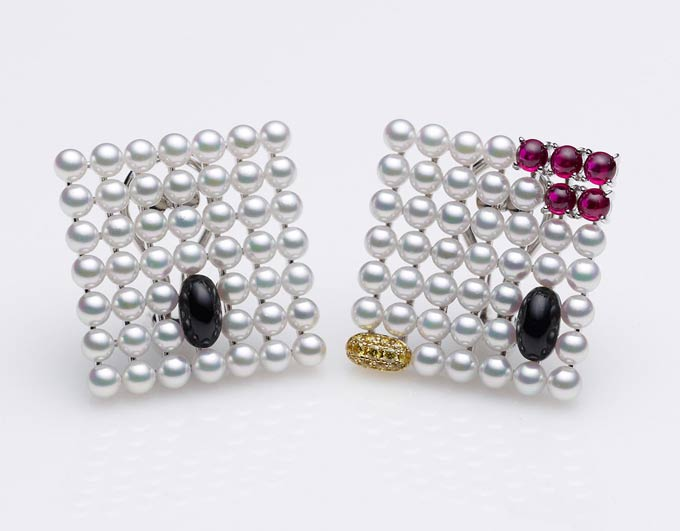 hello kitty mikimoto pearl earrings