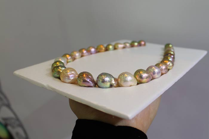 large and colorful ripple pearls