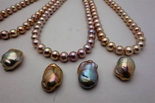 metallic freshwater pearls matched to souffle pearls