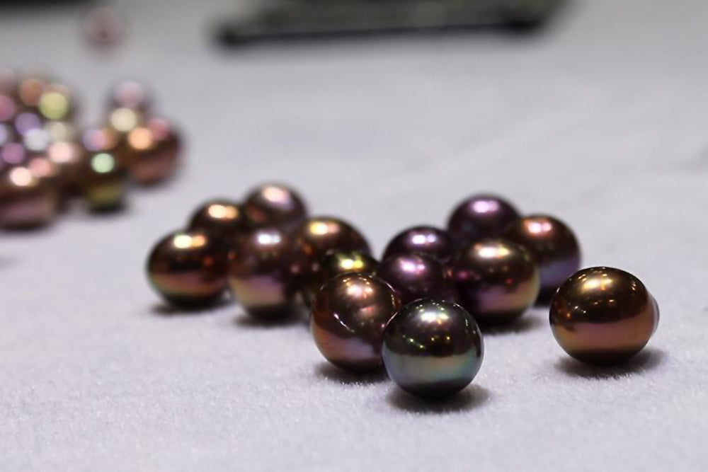 Eye Candy Pearl Spotlight: Exotic Color Freshwater Pearl Drops