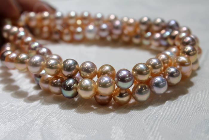 freshwater pearls with different colors