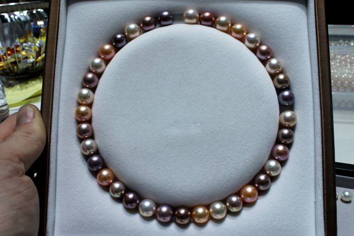 metallic pearls in different colors
