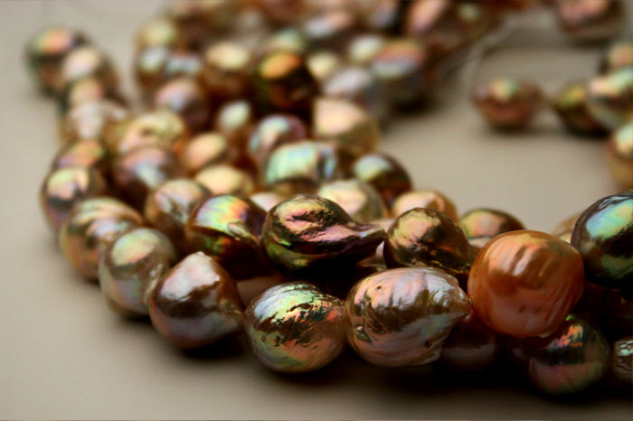 amazing luster and color freshwater ripple pearls