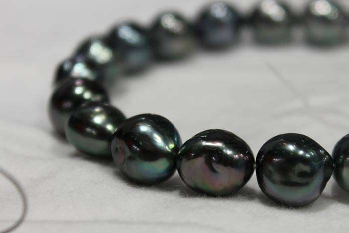 a single strand of Tahitian pearls