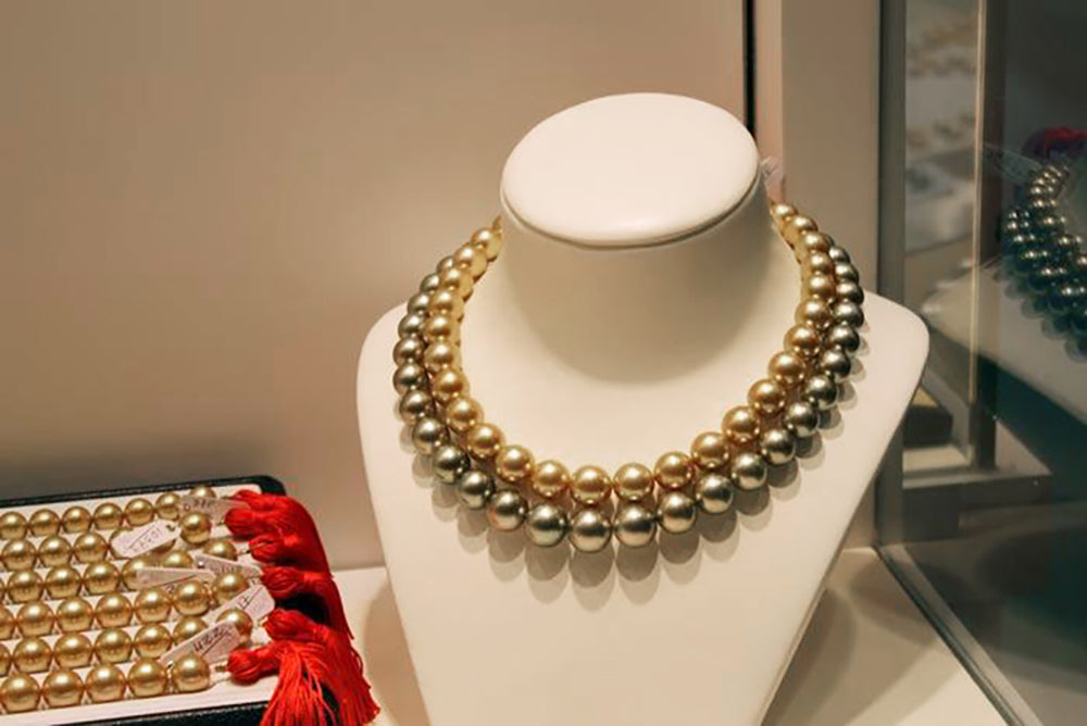 Pearl Eye Candy Spotlight: Ultra Lux South Sea Pearl Necklaces
