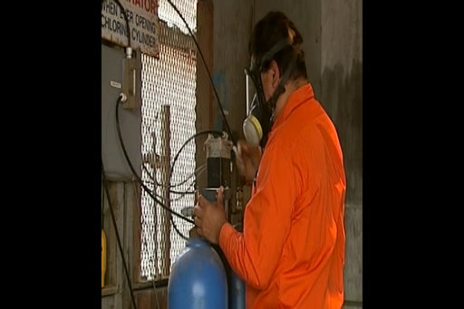 Handling Compressed Gas Safely (Construction)