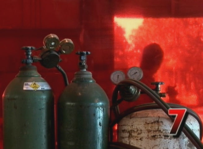 Safely Using Compressed Gas Cylinders