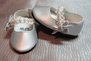 Dress Shoes with Pearl Straps