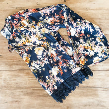 Load image into Gallery viewer, Floral Print Top