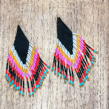 Load image into Gallery viewer, Nativo Beaded Earrings