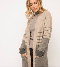 Load image into Gallery viewer, Mystree Long Stripe Cardigan