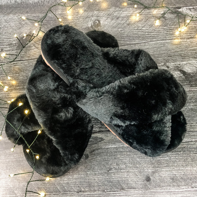Fuzzy Fur Slippers Black