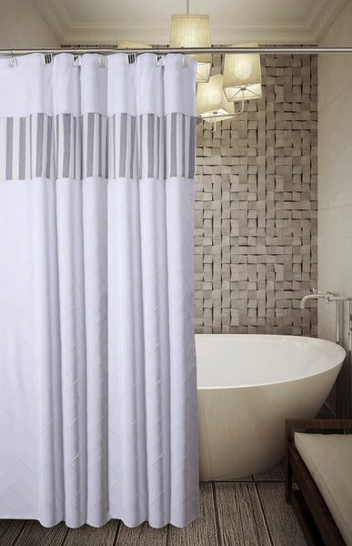 Quilted Mirror Shower Curtain / Liner