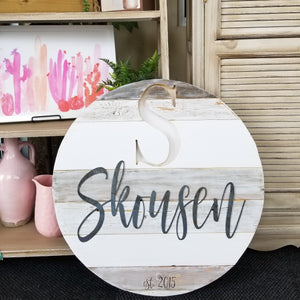 "24"" Shades of white round metal name"