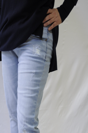 Boyfriend Jeans - light wash denim