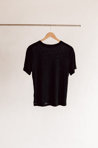 Perfect Fit Linen Tee in Black