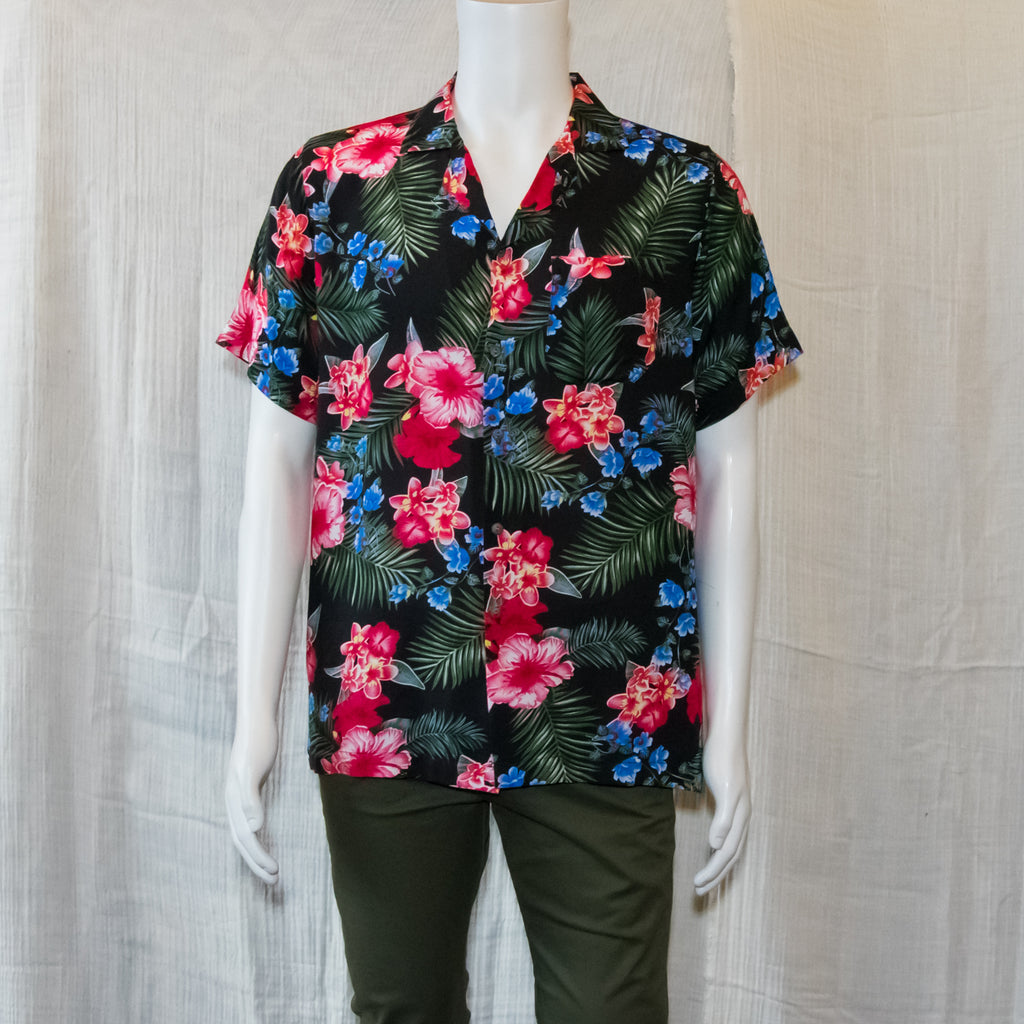 L/ XL Hawaiian Button ups