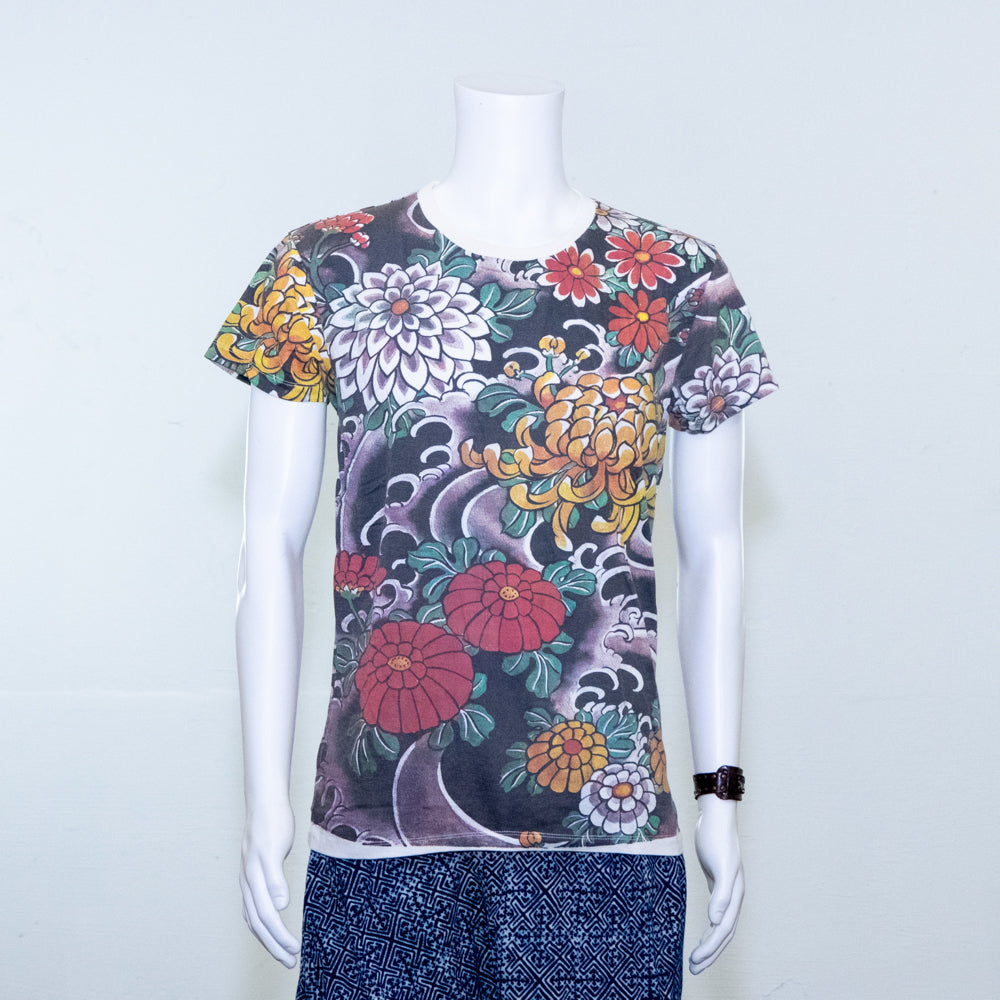 Waves and Flowers Print | Tshirt