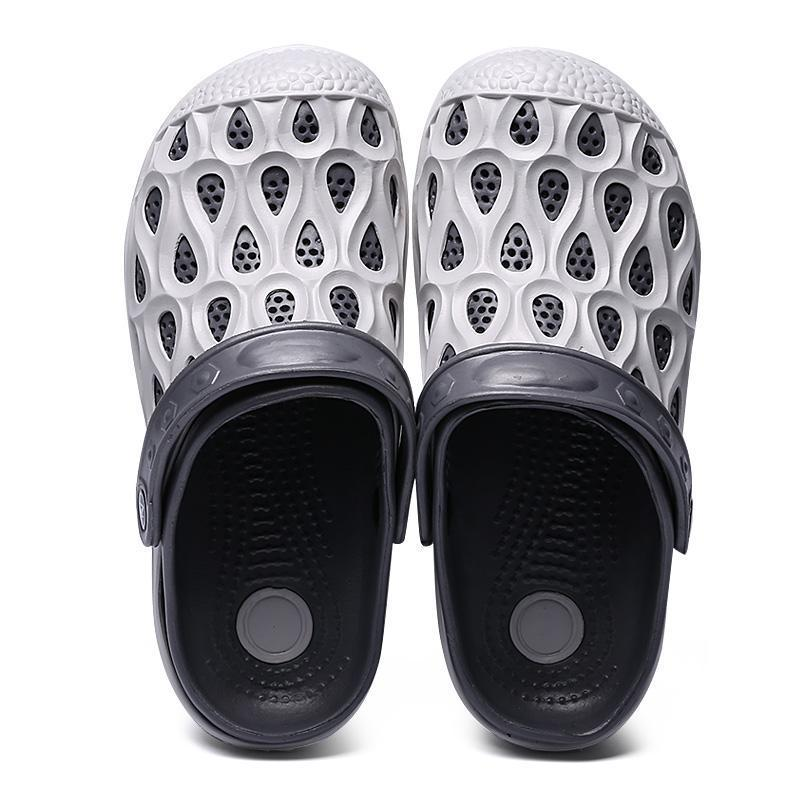 Pearlyo_Men's Hole Comfort Slip-on Casual Water Sandals Slippers