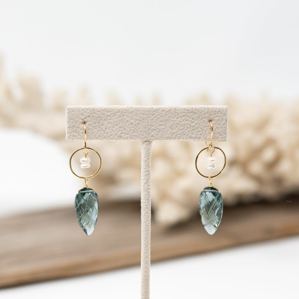 Moss Aquamarine Quartz and Pearl Earrings