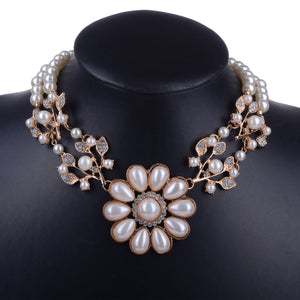 Flowered-Style Pearl Necklace