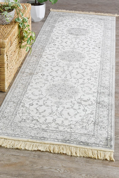 Royal Palace Cream Runner 14644-6353