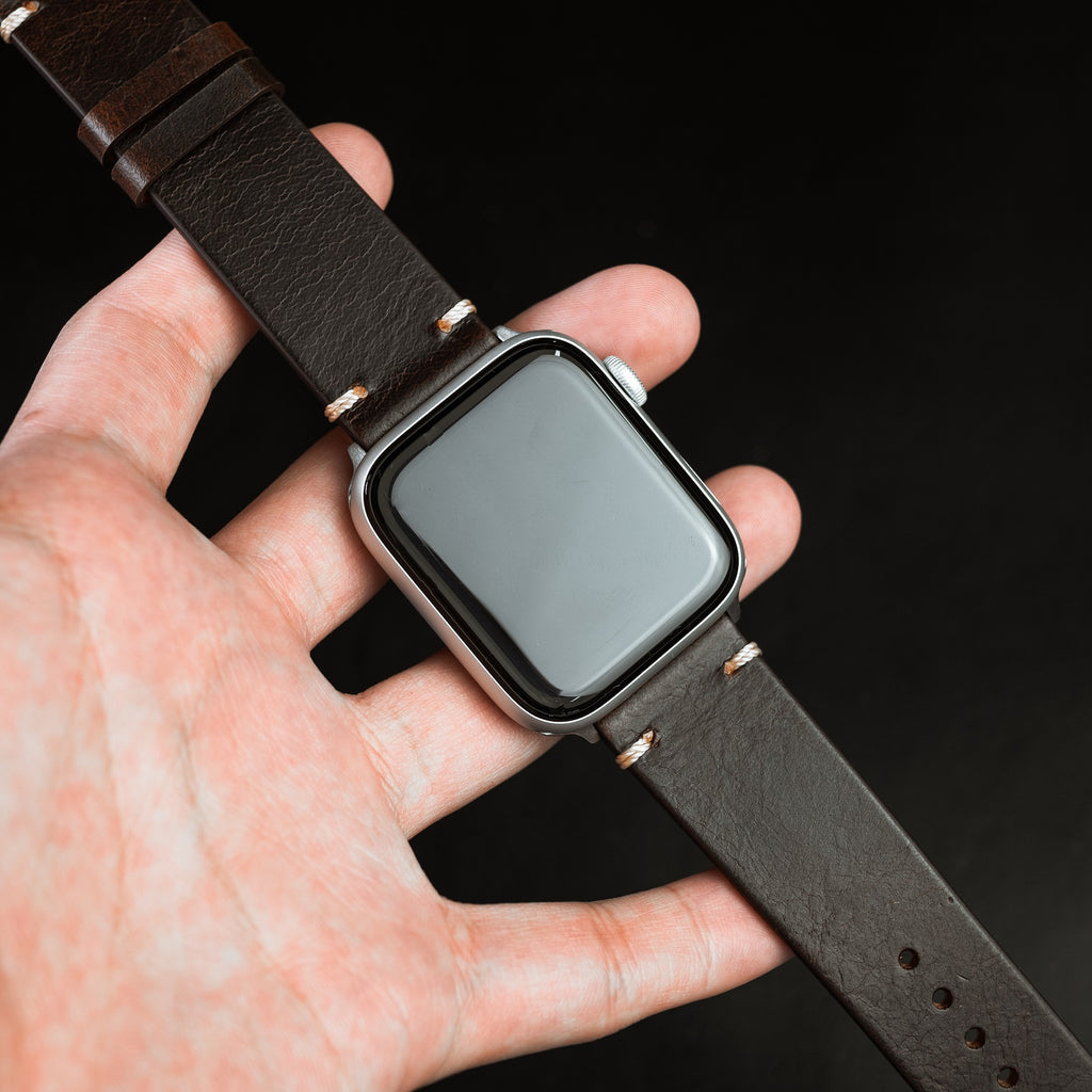 Apple Watch Premium Vintage Oil Waxed Leather Strap in Brown (42 & 44mm)