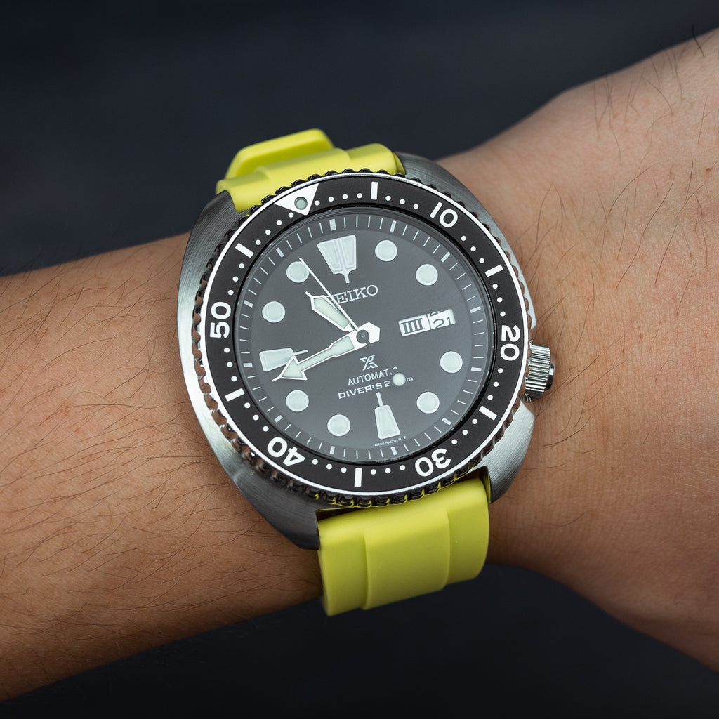 Flex Rubber Strap in Volt (22mm) - Nomad Watch Works Malaysia